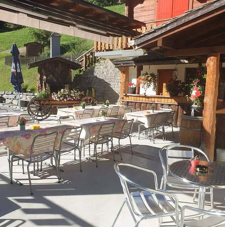 Riddes, Switzerland: Manoir de la Faraz