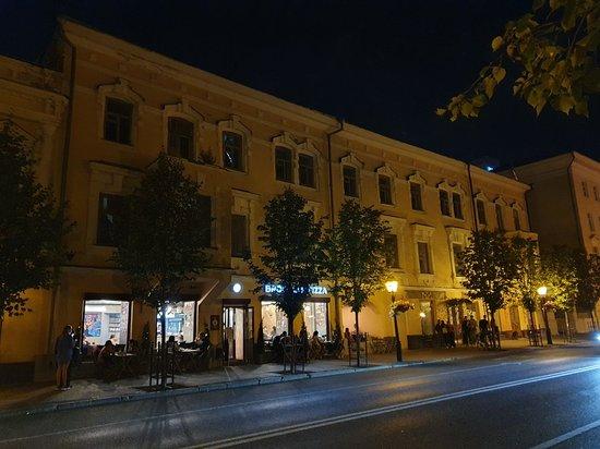 Volzhsko-Kamskie Nomera Hotel Building