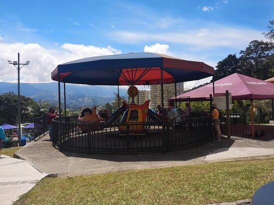 La Estrella, Colombia: Juegos para niños