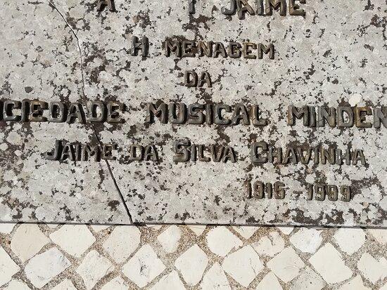 Estátua Jaime Da Silva Chavinha