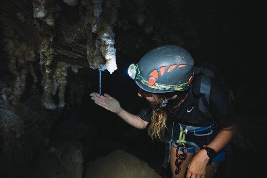 West Bank, Territoires palestiniens: סנפלינג במערות המלח של סדום