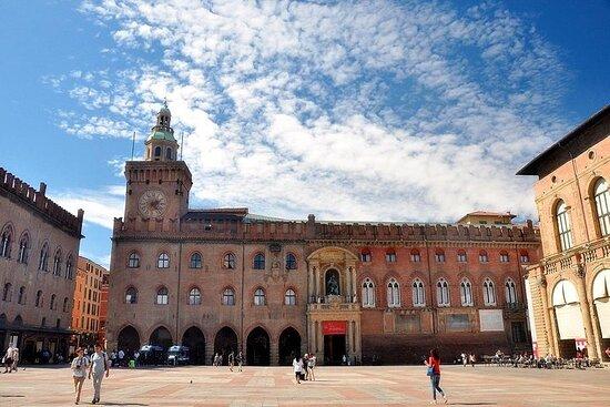 Str. Maggiore, 43, 40125 Bologna BO, Italy
