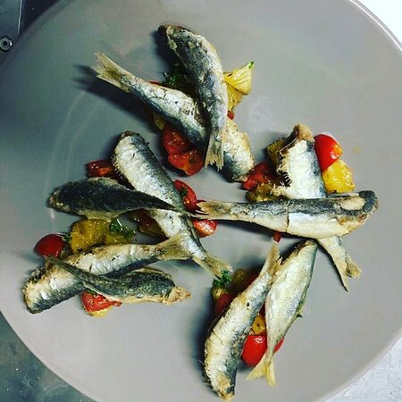 Sarde fritte del mediterraneo
