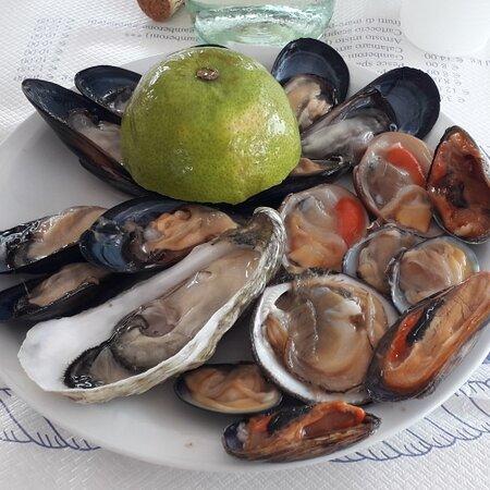 Cruditèe di frutti di mare