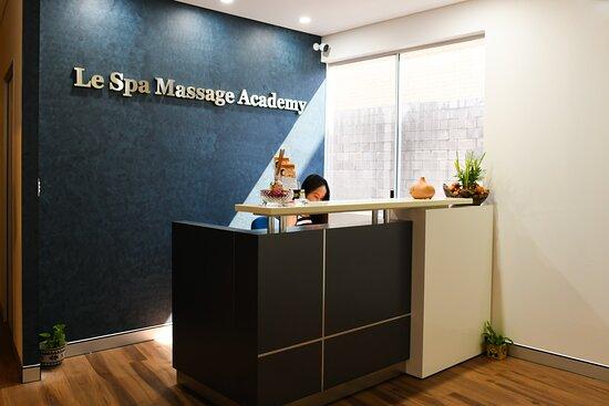 Le Spa Massage Academy