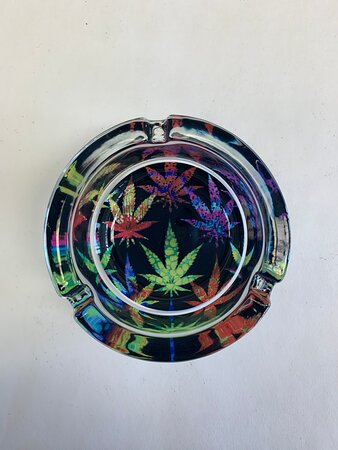 Sturdy glass ashtray