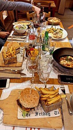 Un bon repas entre amis