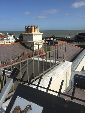 5.  Waterloo Way and Eagle House, Broadstairs, Kent
