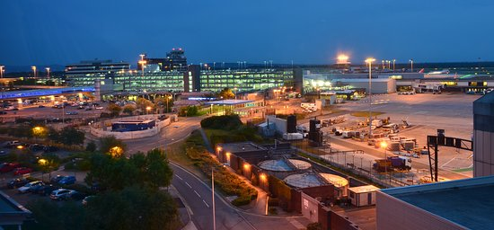 Stor-Manchester, UK: Manchester Airport