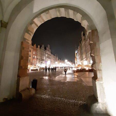 Pologne: Febrero,Marzo 2020! Recuerdo de la hermosa ciudad medieval de Gdansk (norte de Polonia )🤗😱❤