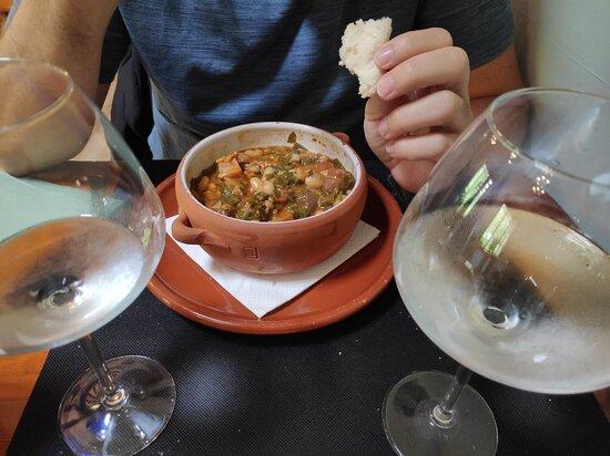 Valdaliga, Espanha: Mesón La Cocina