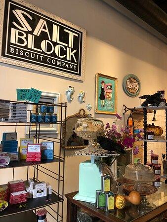 Dayton treasure.  Bakery/ bistro extraordinare