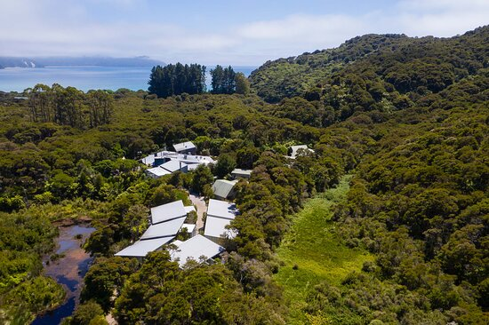 Awaroa Lodge, Hotels in Abel Tasman National Park