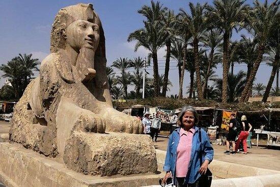 Heldagstur Giza Pyramids Sakkara...