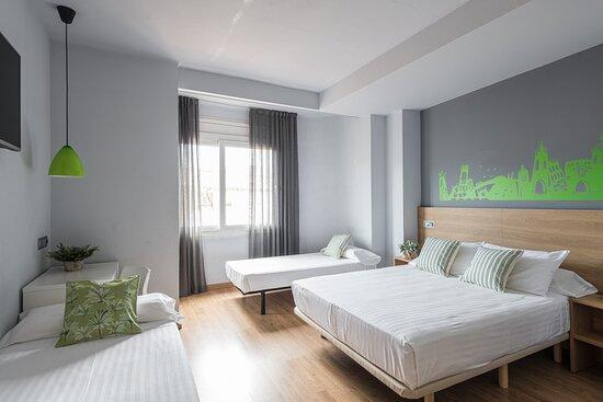 Erba by Pillow Hotel, hoteles en Girona