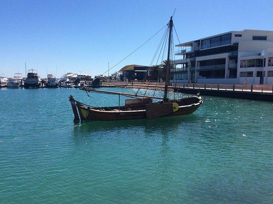 Batavia Longboat
