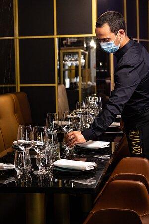 A nossa equipa está mais do que pronta para o receber, garantindo a segurança de todos e trazendo até si a melhor experiência Japonesa e uma cozinha de criação de chef de carnes maturadas