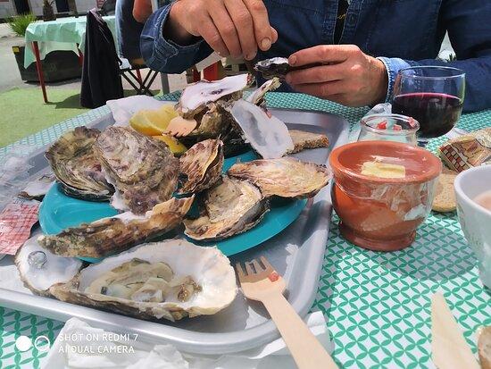 Le Vivier-sur-Mer, Pháp: Fraiches et bien charnues.