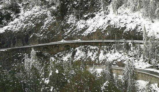 Engadin St. Moritz, Thụy Sỹ: die Bahnlinie der Rhätischen Bahn