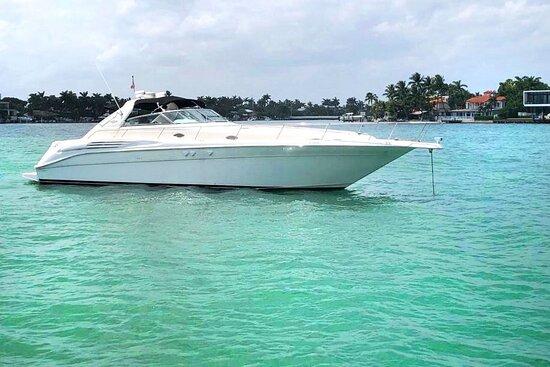 Miami Yacht Escapes @MiaYachtEscapes