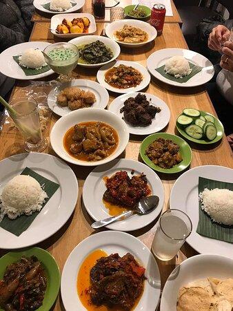 Waroeng Padang Lapek The Hague Schoolstraat 26 Kortenbos Restaurant Reviews Phone Number Tripadvisor