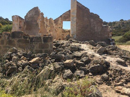 Gregory, ออสเตรเลีย: Old ruins