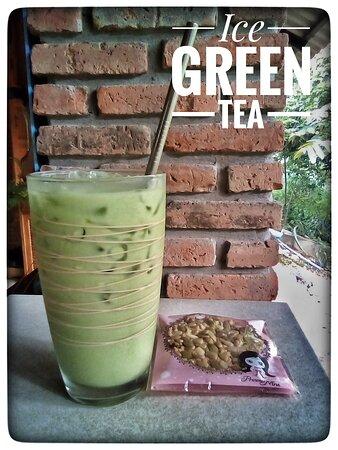 Refreshing Ice Green Tea