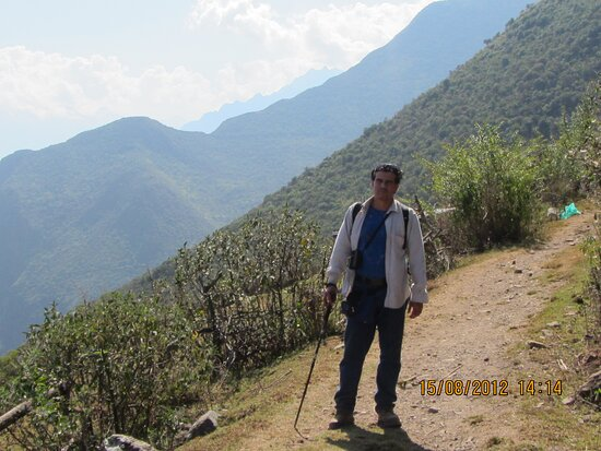 Cachora, Peru: Vista de Choquequirao al fondo