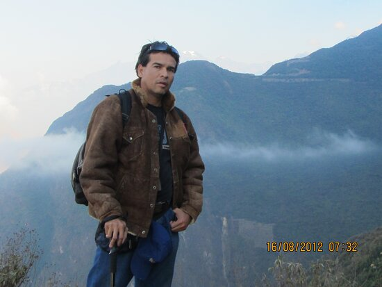 Cachora, Peru: Vista de Choquequirao al fondo desde Marampata