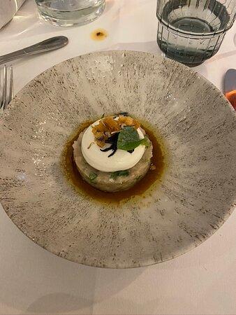 voorgerecht : Tartaar van makreel ponzu - geitenkaas - koriander