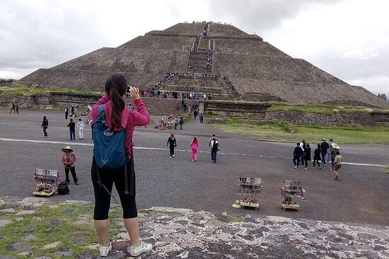 Teotihuacán Hele dagen fra Mexico City