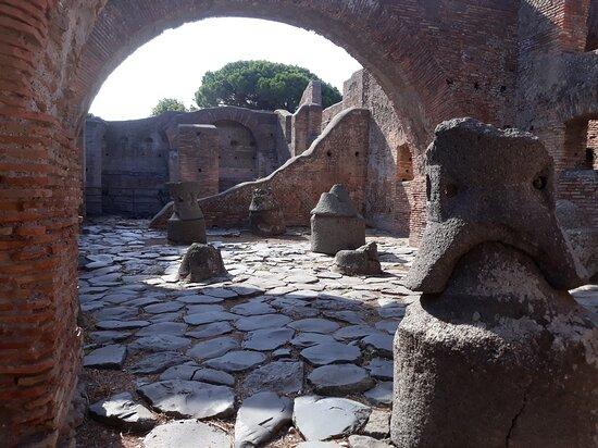 Molino Del Silvano ( Ostia Antica )