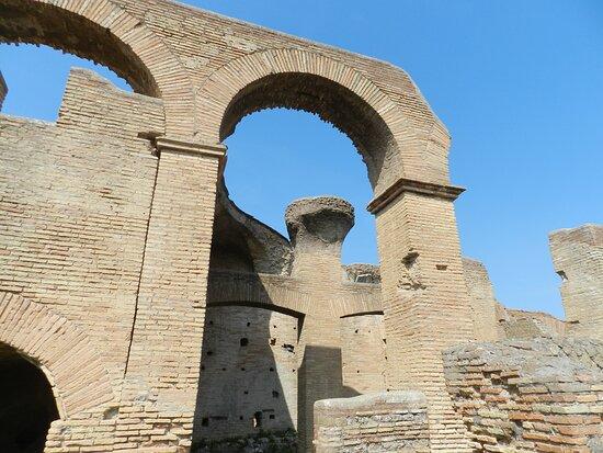 Caseggiato Del Serapide (ostia Antica )