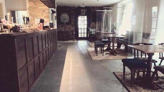 Holbeton, UK: Our new bar area.