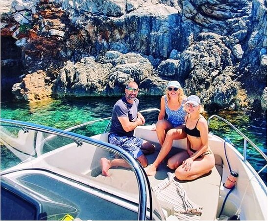Nakiros Boat Rental