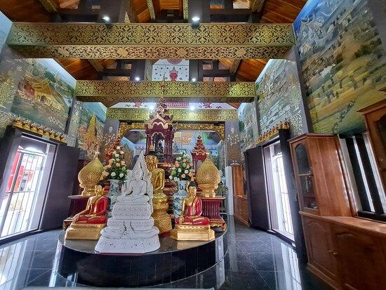 Wat Mangkol Thawararam
