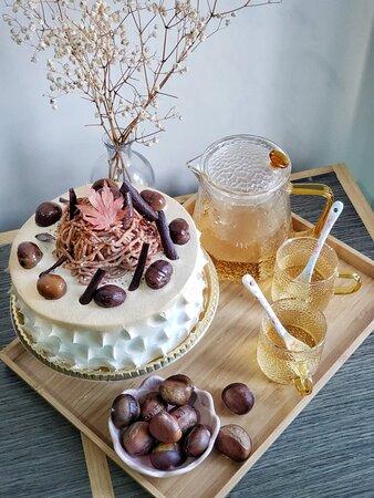 燒栗黑蜜楓糖忌廉雪芳蛋糕