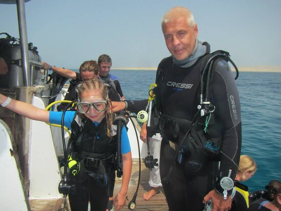 Rafakoralowa diving Hurghada: Hurghada diving course PADI Junior  OWD