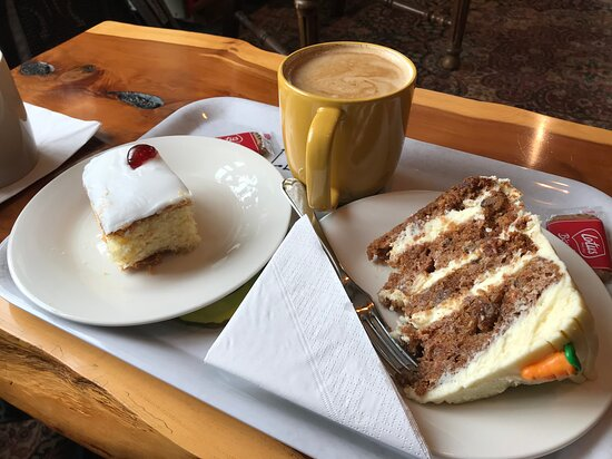 Allendale, UK: Coffee and cake to die for