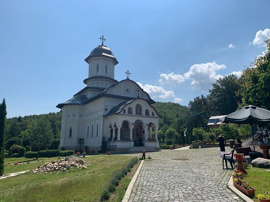 Cartisoara, Romanya: The Monastery of the Holy Apostles Peter and Paul