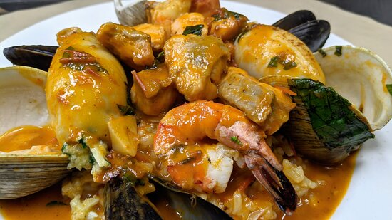 Woodland Park, Nueva Jersey: Seafood risotto with stuffed Calamari