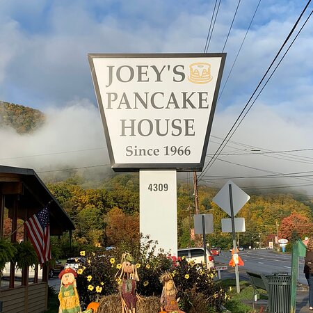 Joeys has outstanding service