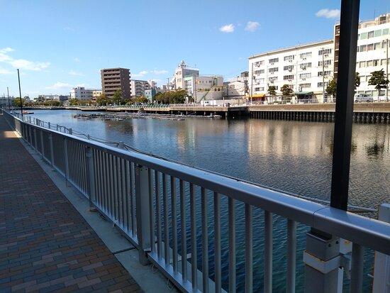 新川運河キャナルプロムナード
