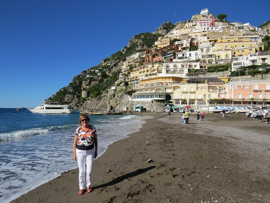 Tour to the Amalfi Coast Positano, Amalfi & Ravello from Sorrento: Positano