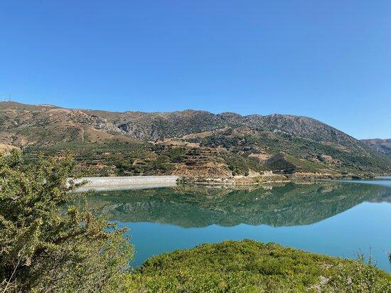 Voleones, Grécia: le barrage