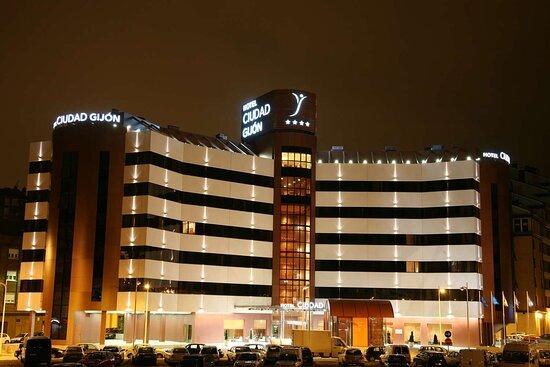 Silken Ciudad Gijon, hoteles en Ruta Vía de la Plata