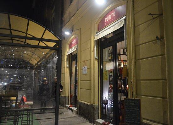 Porto Ribeca Wine Bar
