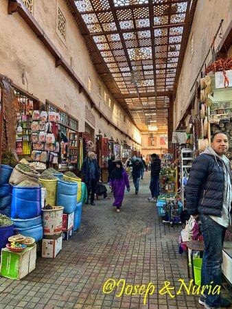 Place des Ferbantiers - Tiendas cercanas