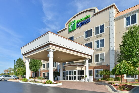 ‪‪Holiday Inn Express - Wixom‬: Exterior‬