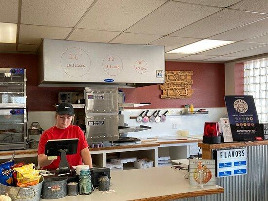 Hemingford, NE: Pizza ovens